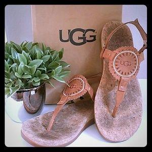 UGG Aydenn II sandals